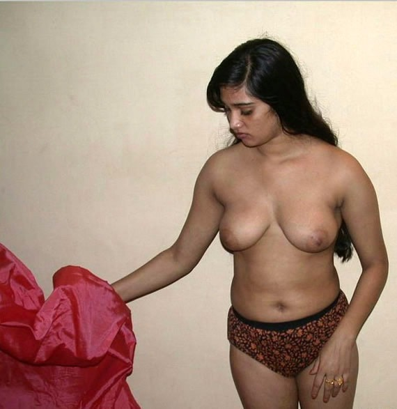 cute nude chubby girl gif