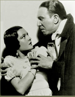 Lupita Tovar and Carlos Villar star in 