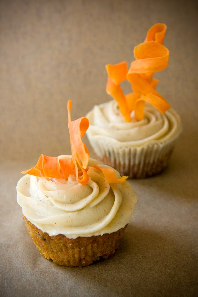 carrot cake cupcakes unforgettably moist cupcake project simple carrot cake cupcakes with cream cheese frosting 648x972