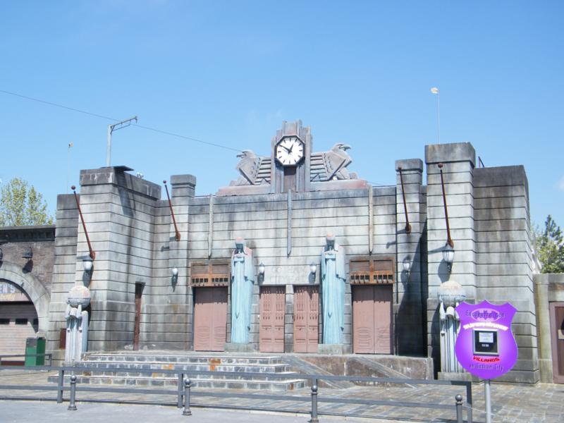 Gotham city en la Warner II