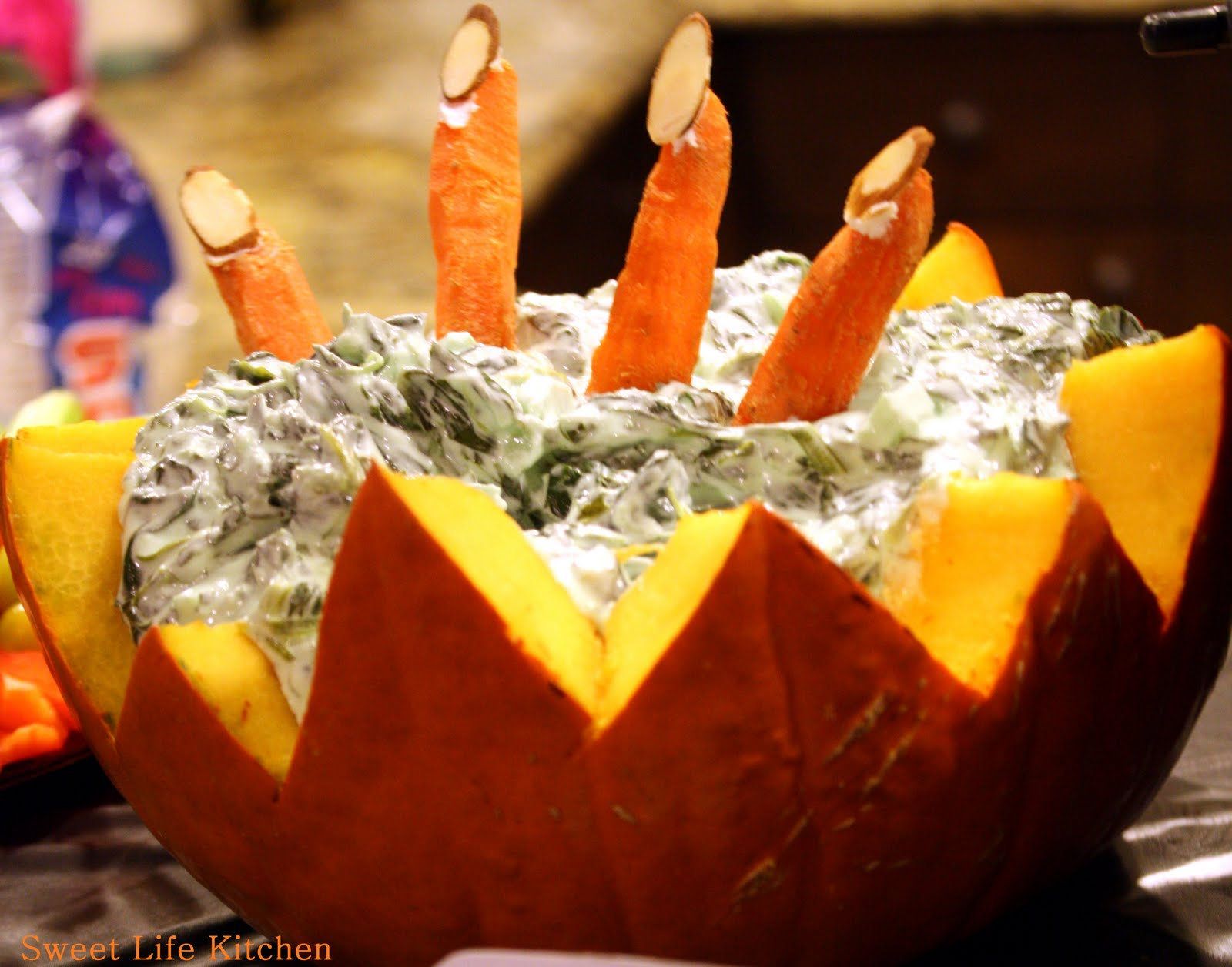 sweet life kitchen: cemetary spinach dip~ halloween party recipes