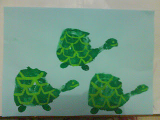 Kids craft directory turtle handprint for Turtle arts and crafts