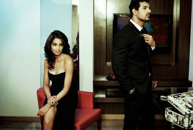Jhon and Bipasha in Living Room