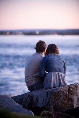 casal na praia,mar