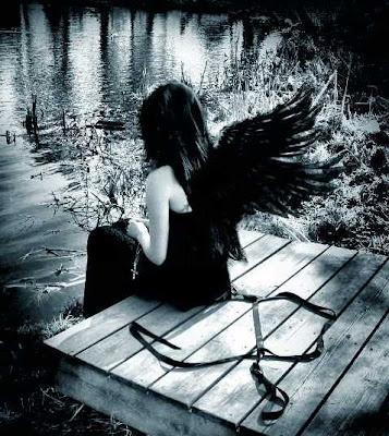 anjo triste,solidão,tempo,momento