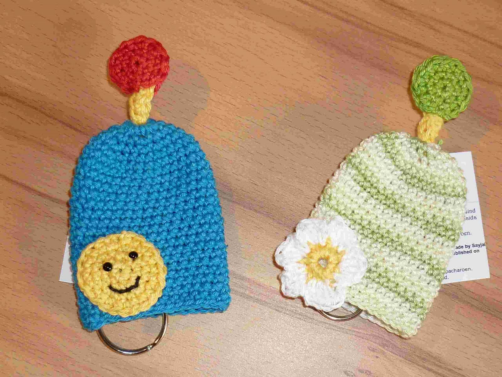 Amigurumi Flower Free Pattern : 2000 Free Amigurumi Patterns: Flower Key Cozy