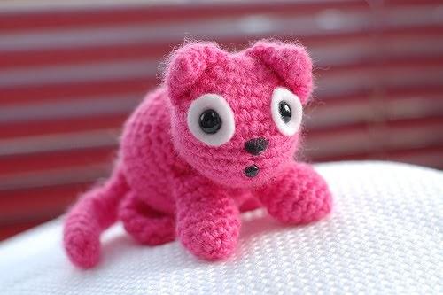 Amigurumi Human Nose : 2000 Free Amigurumi Patterns: Worsted Gumball the Kitten