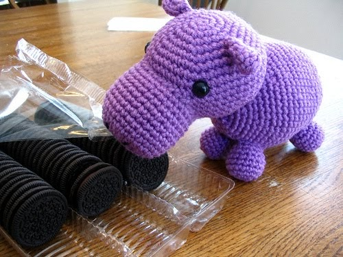 Crochet Pattern Free Hippo : 2000 Free Amigurumi Patterns: Hungry Hippo