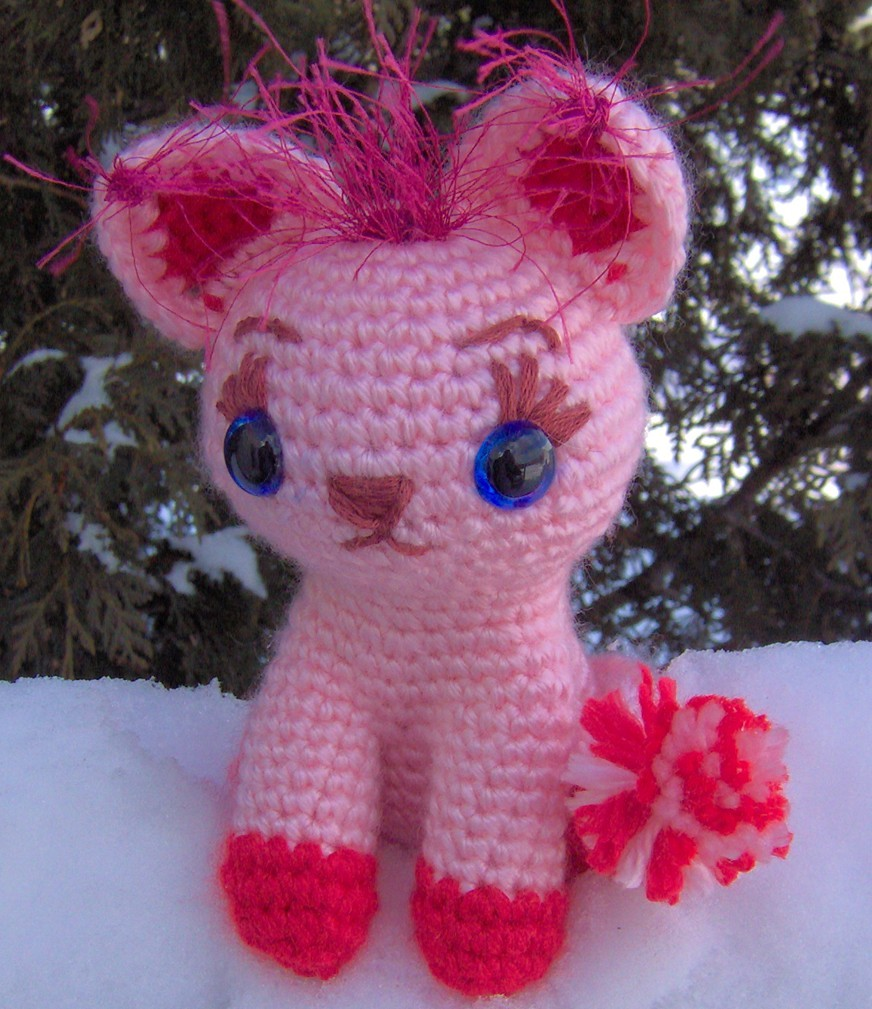 2000 Free Amigurumi Patterns: Duchess Kitty