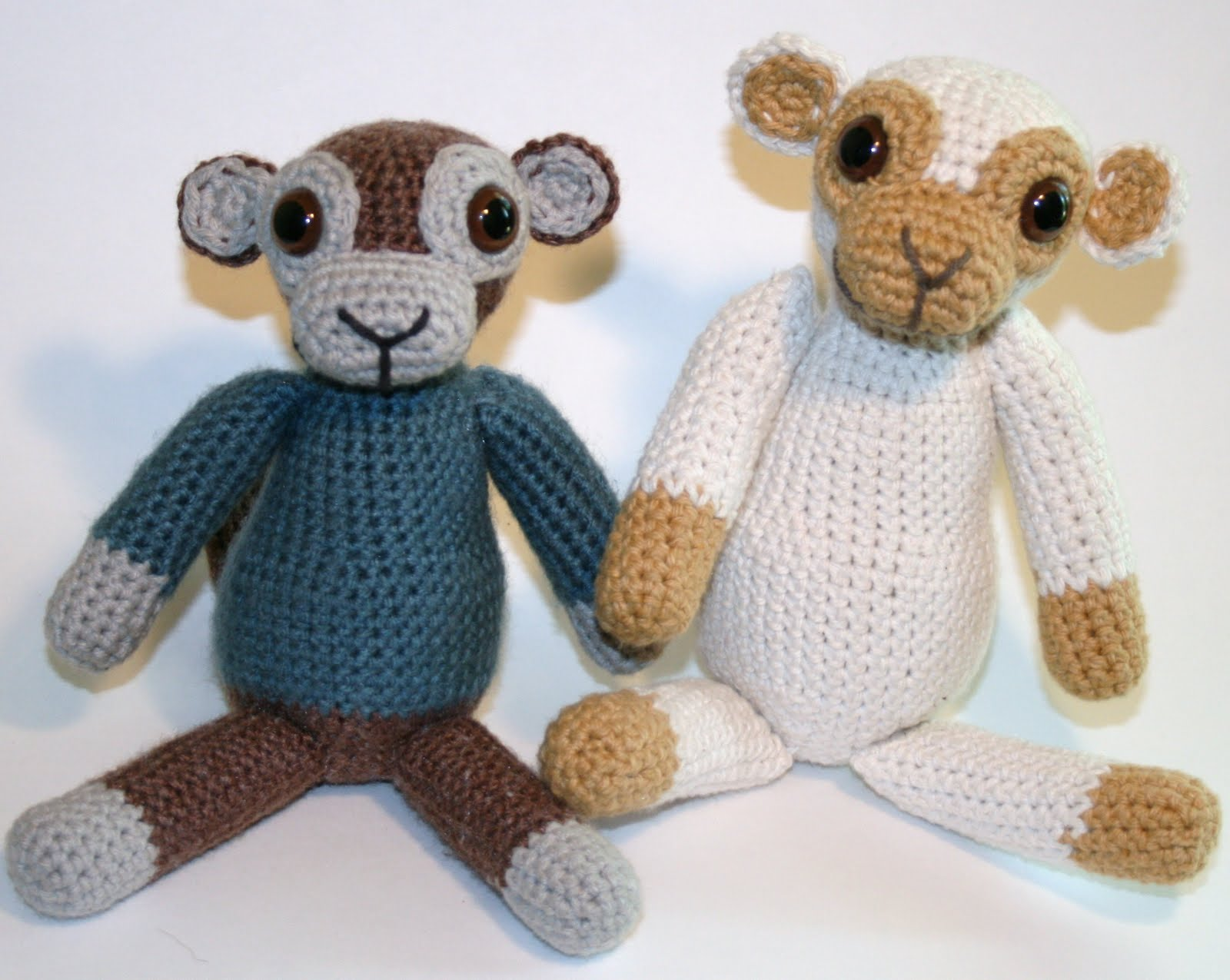 Amigurumi To Go Monkey : 2000 Free Amigurumi Patterns: Old School Monkey Amigurumi