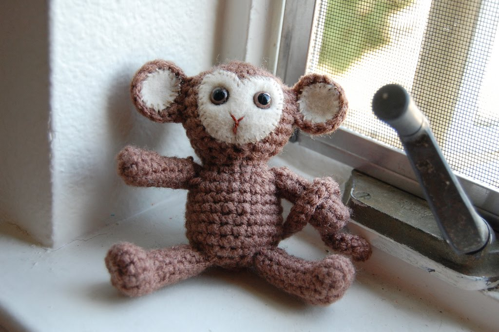 Amigurumi Free Pattern Crochet : 2000 Free Amigurumi Patterns: Monkey