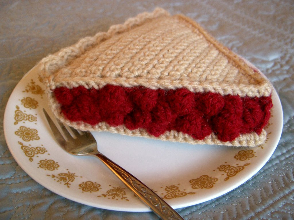 2000 Free Amigurumi Patterns: Cherry Pie