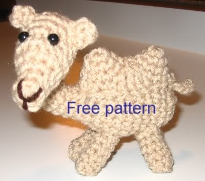 2000 free amigurumi patterns: camel