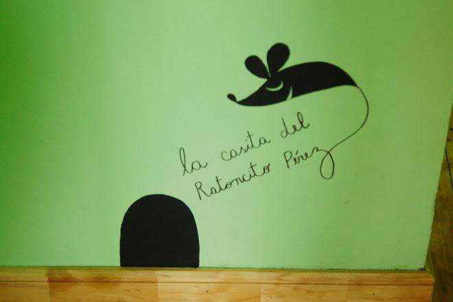 Mural casita raton perez