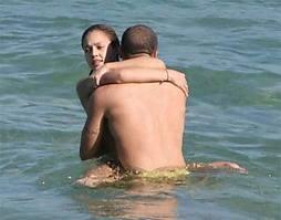 Sensasi Bercinta di Dalam Air