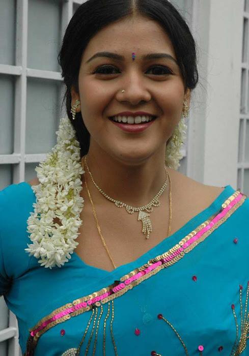 tollywood jyothi krishna in blue saree photo gallery