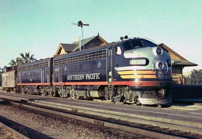 Southern pacific railroad train set