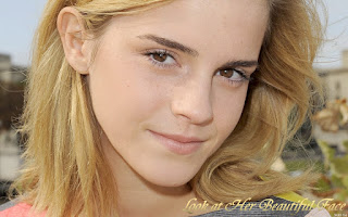 Look At Emma Watson Beautiful Face