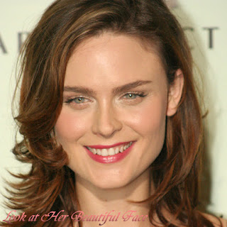 Emily Deschanel Beautiful Face
