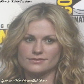 Anna Paquin Beautiful Face Frontal View View