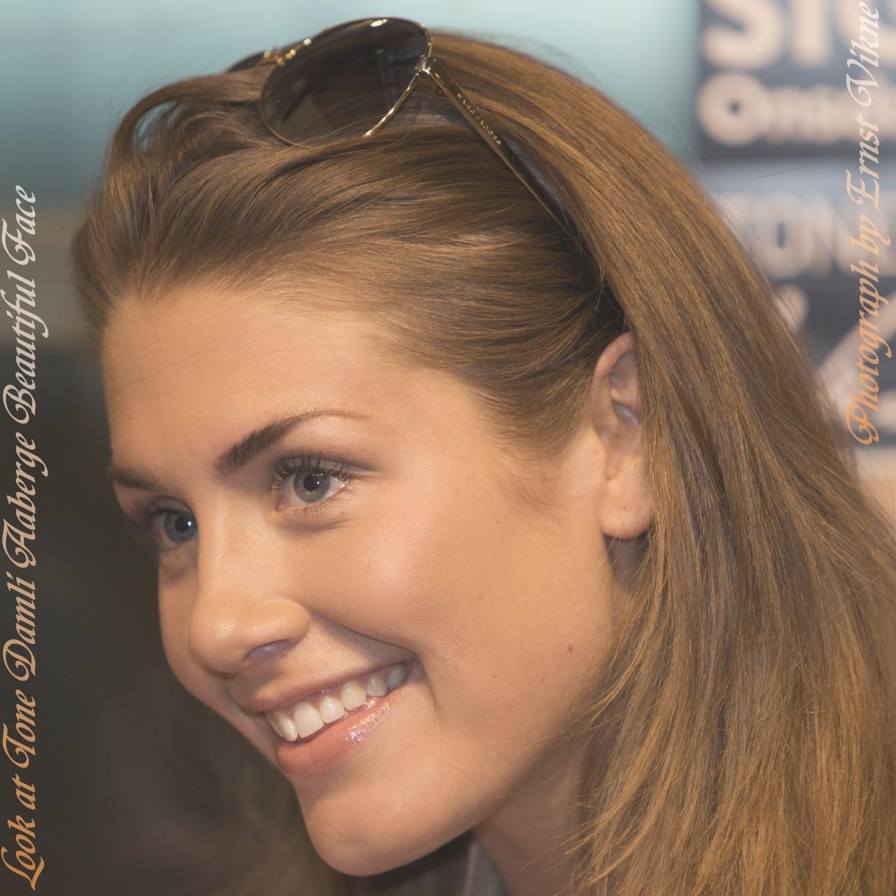 http://4.bp.blogspot.com/__UQSIjH59iA/TFjqK27-T7I/AAAAAAAAFjw/UbYK_t7yhGA/s1600/Tone_Damli_Aaberge_Beautiful_Face_1280x1280_Pixels.jpg