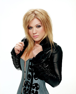 Kelly Clarkson Long Hairstyles 2009