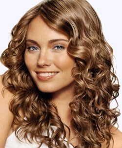 women wavy long hair styles 2010