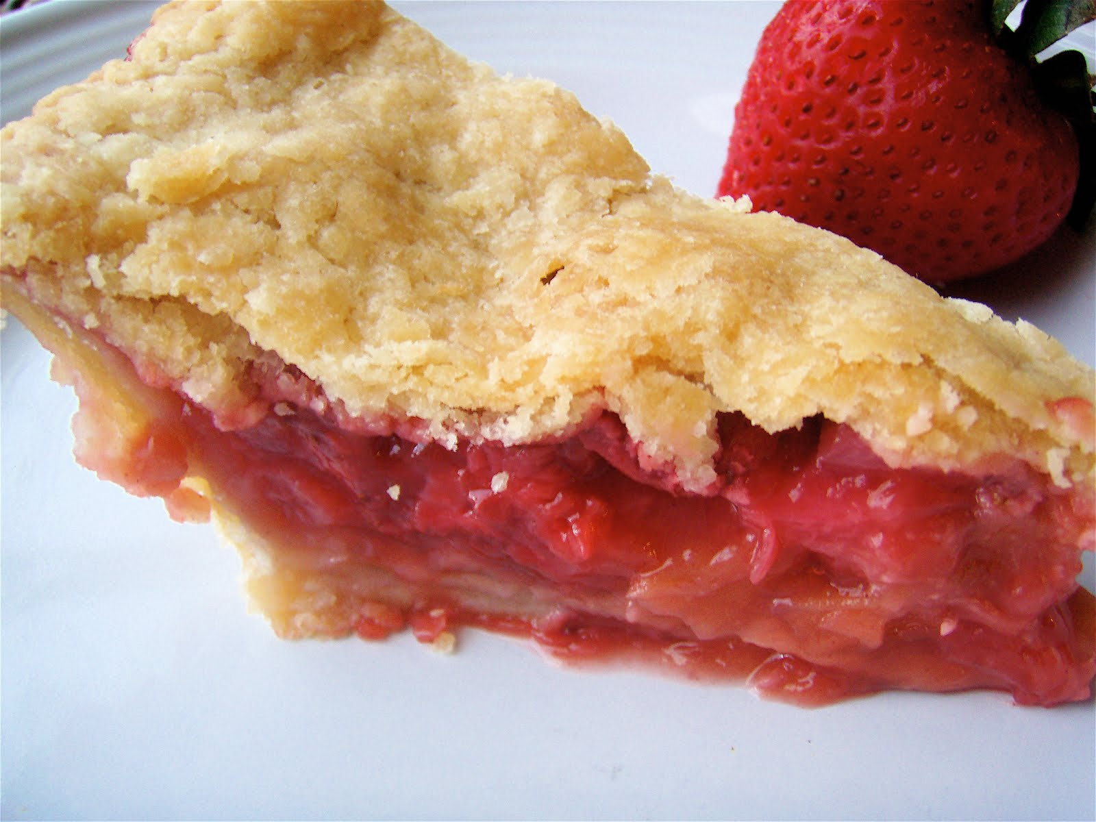 Our Forking Blog: Strawberry-Rhubarb Pie