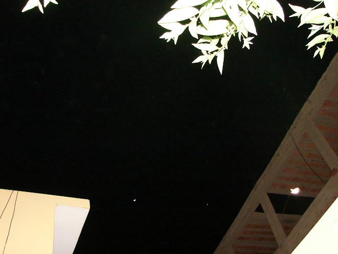 Ultimos Avistamientos ''CAMPANAS'' ET Ovni''3 veces 28/1/2010'' y Nibiru rojo y negro muy cerca x R