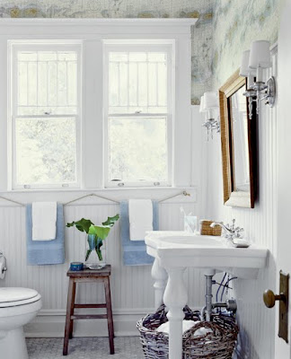 The washstand and the windows are heaven.