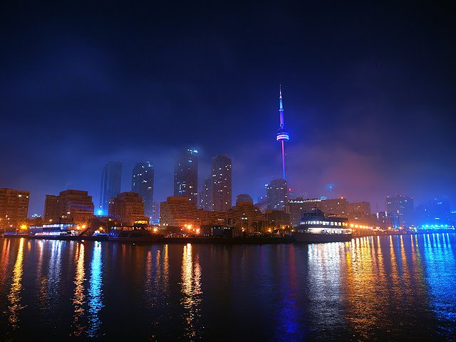 Toronto foggy night