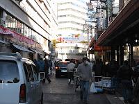 柳橋中央市場に到着