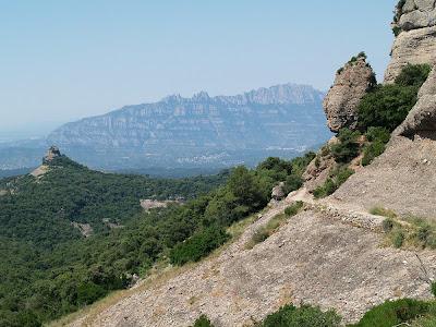 El Rave, el Paller de Tot l'Any i Montserrat