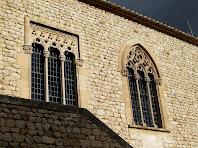 Estructures gòtiques al pati interior del Castell de Sant Martí Sarroca
