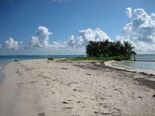 Le minuscule banc de sable de l'ilet Carret