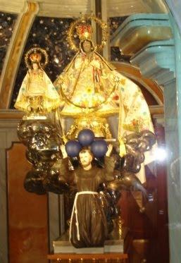 Todo a Jesús por Marìa,                      todo a María para Jesús