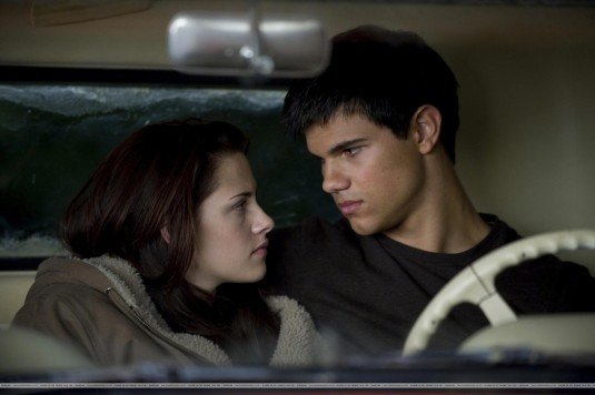 Taylor Lautner and Kristen Stewart? idk. New Moon Cast Attends 100 Monkeys