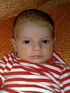 Erik con dos meses