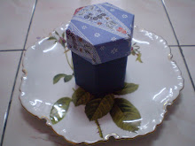 Batik 3 tier hexagon box