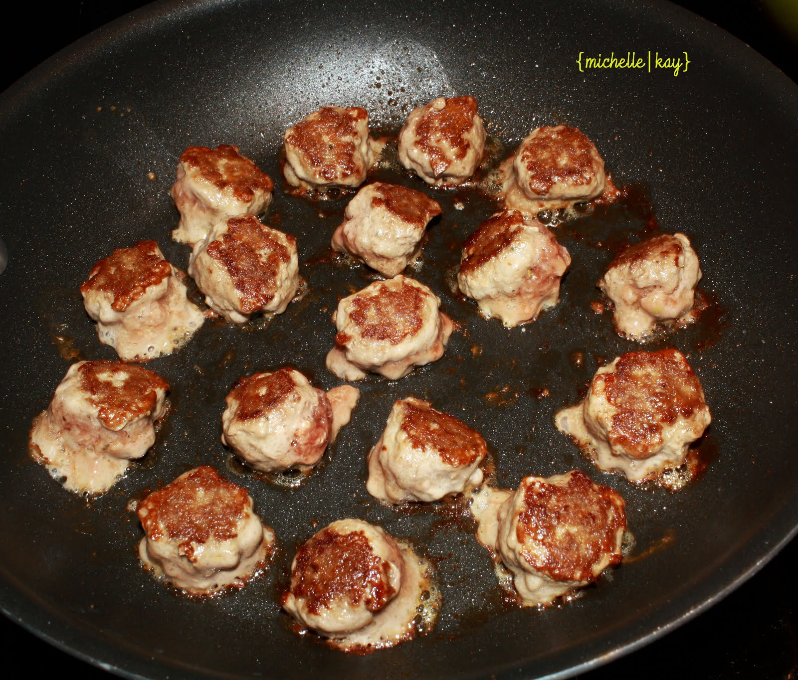 Just Playing with Food!: Mini Meatball Pizza