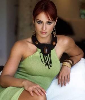 Gaby Spanic la villana de Dueña de tu amor
