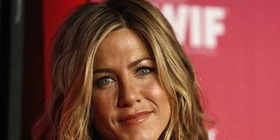 Jennifer Aniston cansada de los hombres famosos
