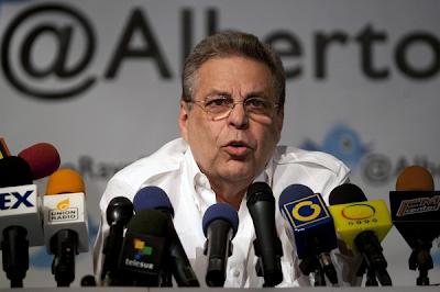 Alberto Ravell acusa a Gobierno de Chávez de presionar su salida