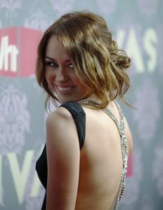 Miley Cyrus cerró su cuenta Twitter