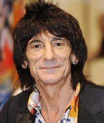 Arrestan a Ronnie Wood bajo sospecha de agresión
