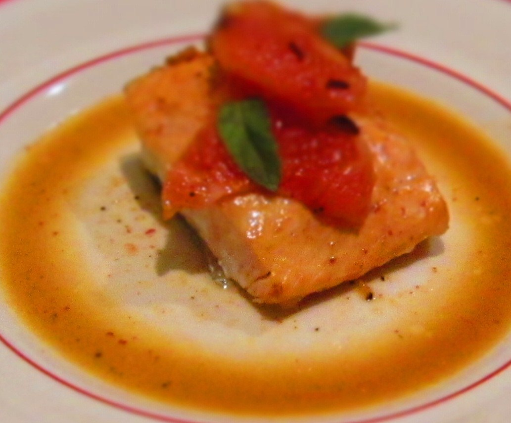 Simple Salmon with Shallot Grapefruit Sauce | Bullet's Bite