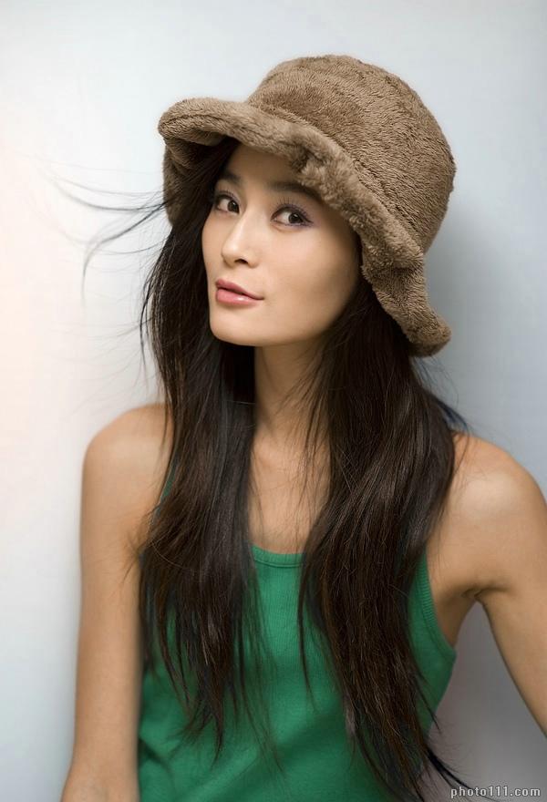 Fashion Female And Have Fun: Japanese Girl Minami Ohtomo Wallpapers