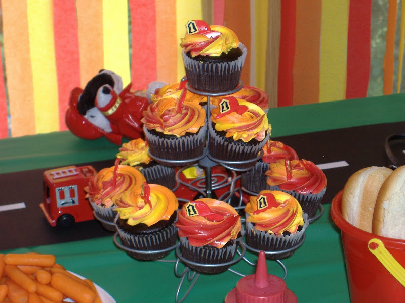 firetruck party cupcakes
