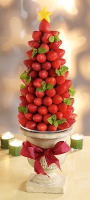 berry holiday tree
