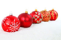 red christmas balls wallpaper for desktops